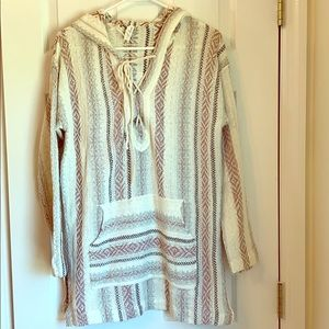 Cream pullover hooded sweater with Aztec design